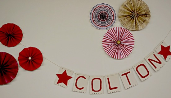 diy-name-banner red party